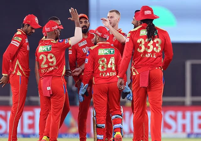 KL Rahul and Chris Gayle's Hitting Ensures PBKS Defeat RCB By